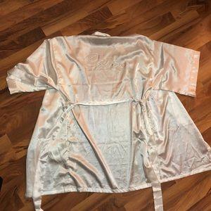 Bride Robe. Size Small.